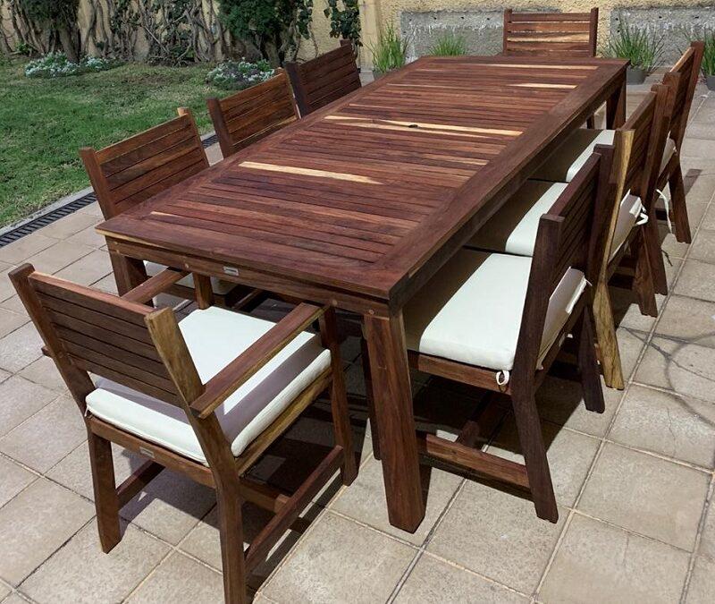 Cómo elegir el mejor mobiliario de madera para exteriores en terraza, jardín, balcón y alberca.