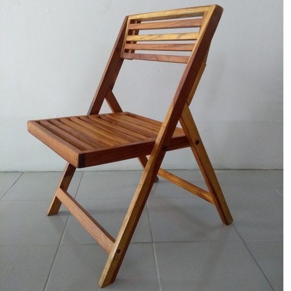 Silla de madera para jardin- arkideck